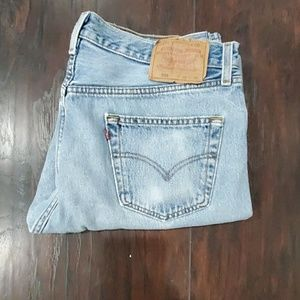 Levi's 501 36x30 light washed Jean's #71